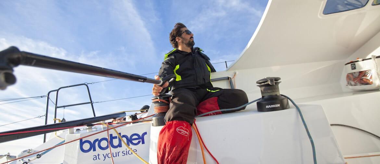 Brother soutient le skipper Yoann Richomme pour la course à la voile avec la Route du Rhum en vue