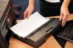 Profitez du design robust et compact de l'imprimante multifoncion MFC-J5320DW de Brother