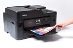L'imprimante multifonction jet d'encre MFC-J5330DW possède une grande vitesse d'impression