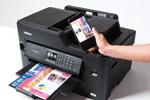 Profitez de la connectivité de l'imprimante multifonction jet d'encre MFC-J5330DW