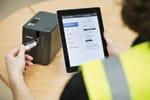 Vous pouvez imprimer depuis votre smartphone ou tablette avec l'étiqueteuse PT-P950NW