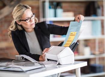 Nouveau scanners de bureautiques : ADS-2200 et ADS-2700W